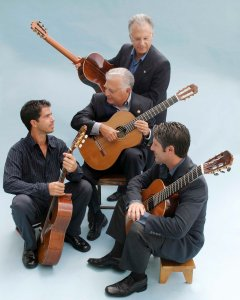 Celino, Pepe, Celin and Lito Romero ©Sandy Scheller
